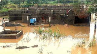 खरमेर नदी की पुलिया पर पानी, 10 घंटे बाधित रहा मार्ग