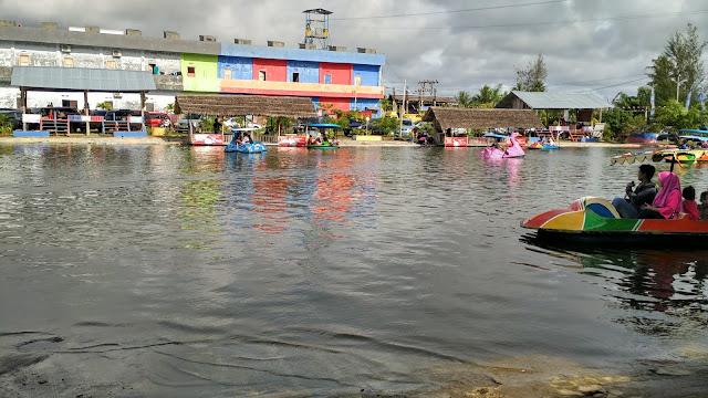 taman wisata family pantai sungai hitam Bengkulu