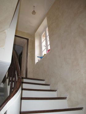Creusoise, escalier, stairs, polished wood, French renoations,