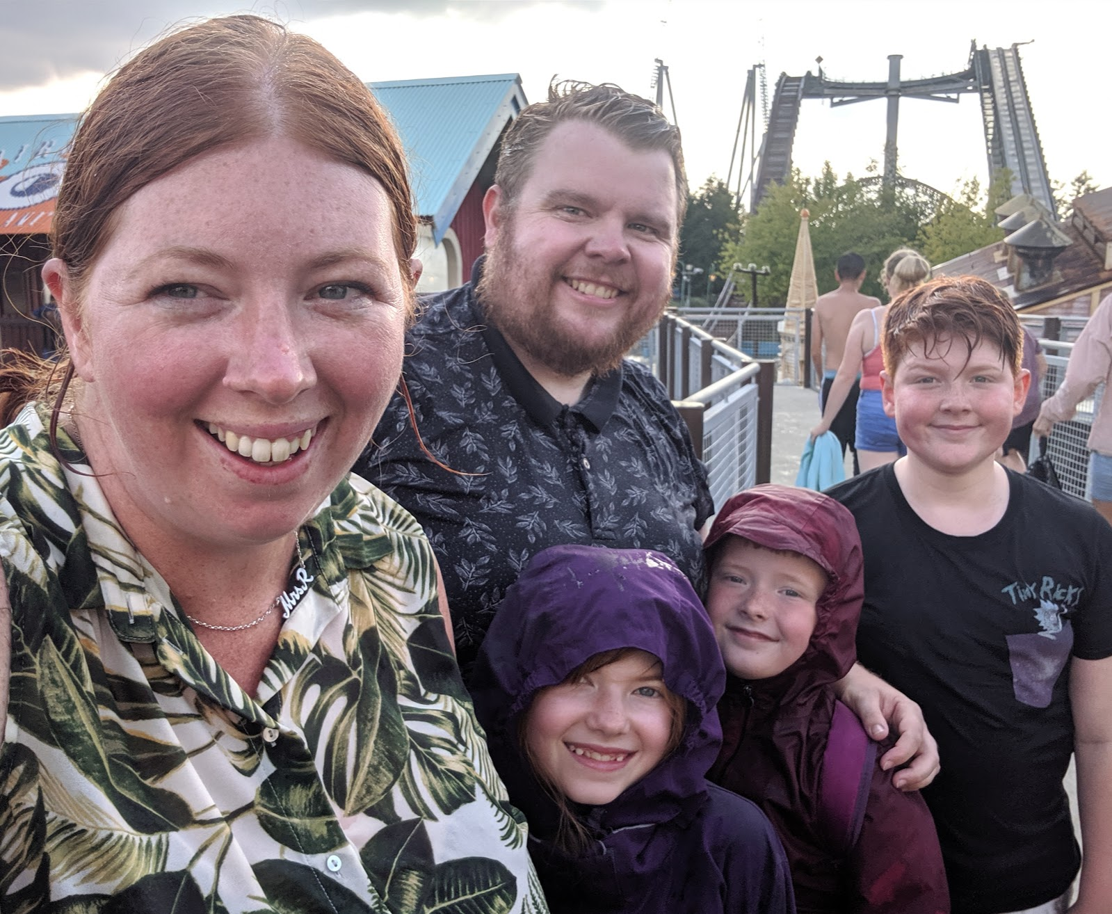 Exploring the Southern Merlin Theme Parks with Tweens  - How wet are we after Tidal Wave at Thorpe Park