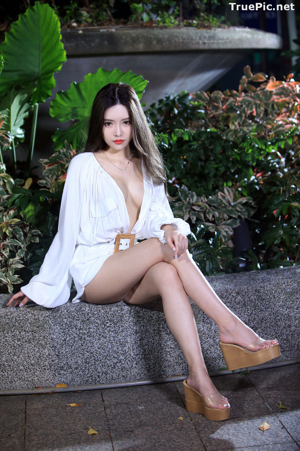 Image Taiwanese Model – 莊舒潔 (ViVi) – Sexy and Pure Baby In Night - TruePic.net - Picture-77