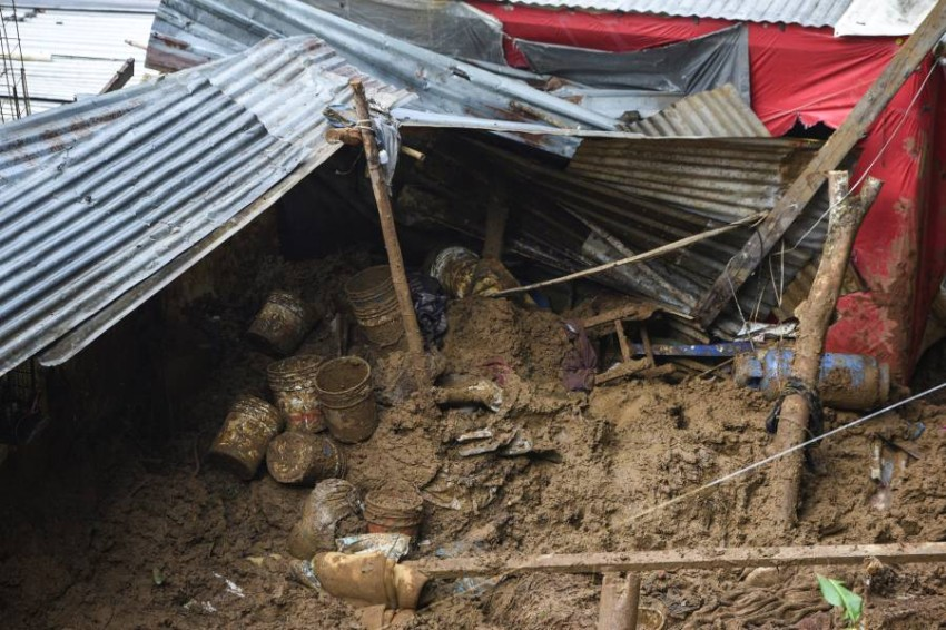 """Hurricane Grace death toll rises to 11 in Mexico Heavy rains that fell on Mexico, Saturday, during the passage of Hurricane """"Grace"""", which quickly receded into a tropical storm, killed 3 people in the state of Puebla (central), bringing the total number of victims to 11."""