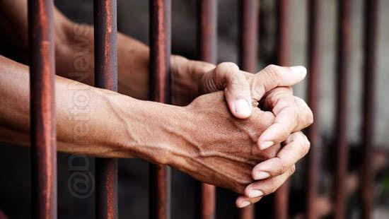 indenizar homem preso ocorrencia policial direito