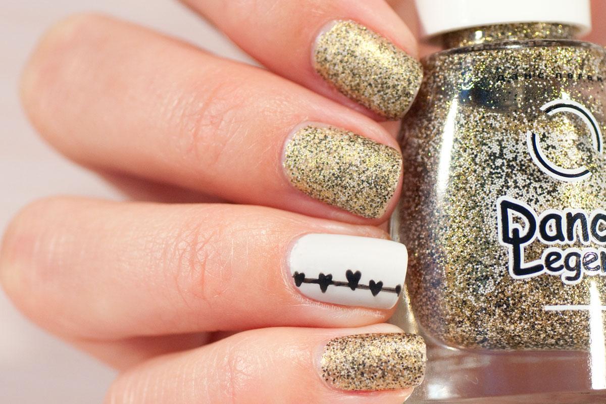 Gold and Hearts Nail Art Design with Dance Legend Caviar Dorado