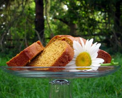 Autumn Pumpkin Bread ♥ KitchenParade.com, moist, flavorful pumpkin bread, my forever-favorite recipe.