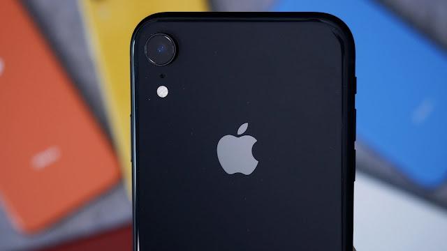 أفضل الهواتف الذكية مبيعاً لعام 2019