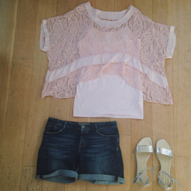 What Lizzy Loves. Blush lace top, denim shorts and silver sandals