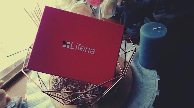 Liferia Pierwsze Pudełeko-Październik