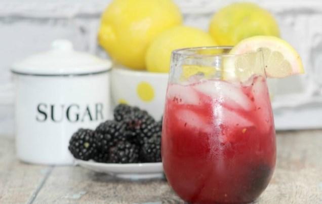 Blackberry Lemonade Margaritas #summer #drinks