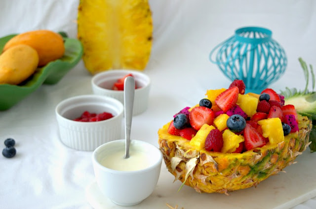 receta-de-ensalada-tropical-de-frutas-con-salsa-de-yogur