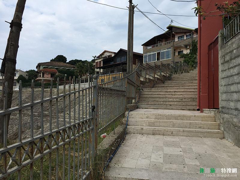[阿爾巴尼亞.都拉斯] 都拉斯圓形劇場:巴爾幹半島地區建造出最大的圓形劇場