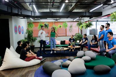 Fernando Seabra e Ana Luísa Médici recebem as startups no espaço de coworking - Crédito: Kelly Fuzaro/Band