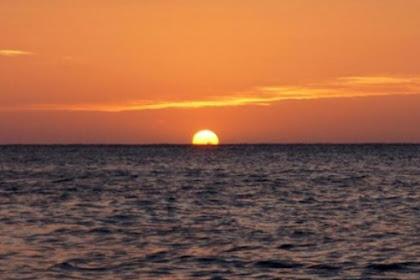 Warga pesisir Pandeglang dengar dentuman mesterius dari arah laut