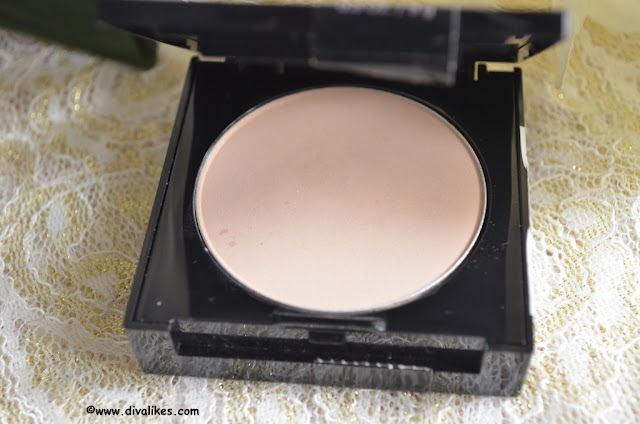 Maybelline Fit Me! Matte + Poreless Powder 230 Natural Buff Shade