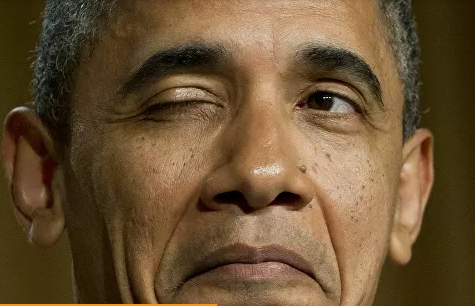 باراك أوباما بلا قناع يضرب حلبة الرقص في حفله الضخم بيوم B مع زيادة حالات COVID-19 في الولايات المتحدة - فيديو