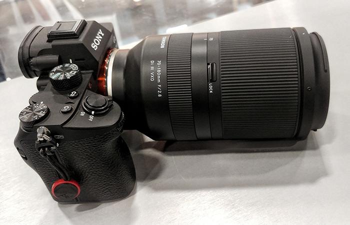 Объектив Tamron 70-180mm f/2.8 с камерой Sony