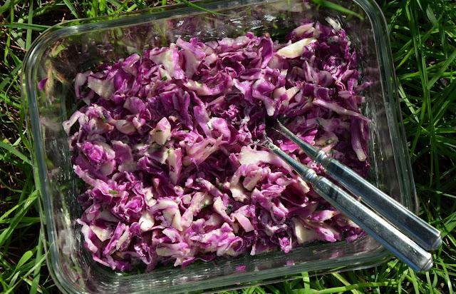 Salade chou rouge crème ciboulette
