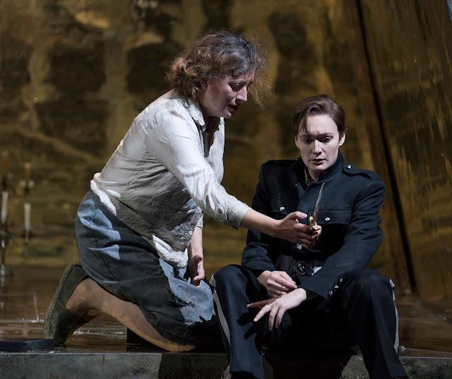 Handel: Giulio Cesare - Catherine Hopper (Cornelia), Heather Lowe (Sesto) - Opera North 2019 (Photo Alastair Muir)