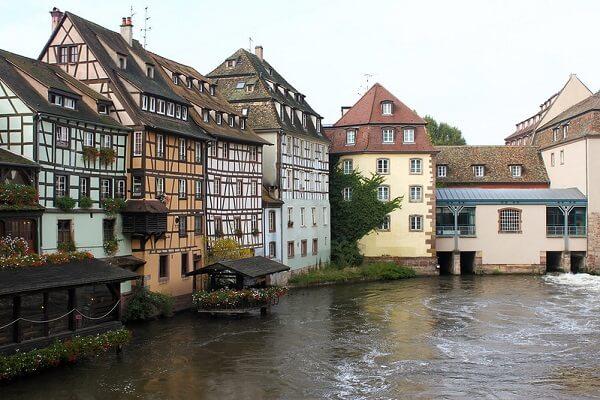 الفيضانات أسوأ كارثة طبيعية عرفها تاريخ ألمانيا