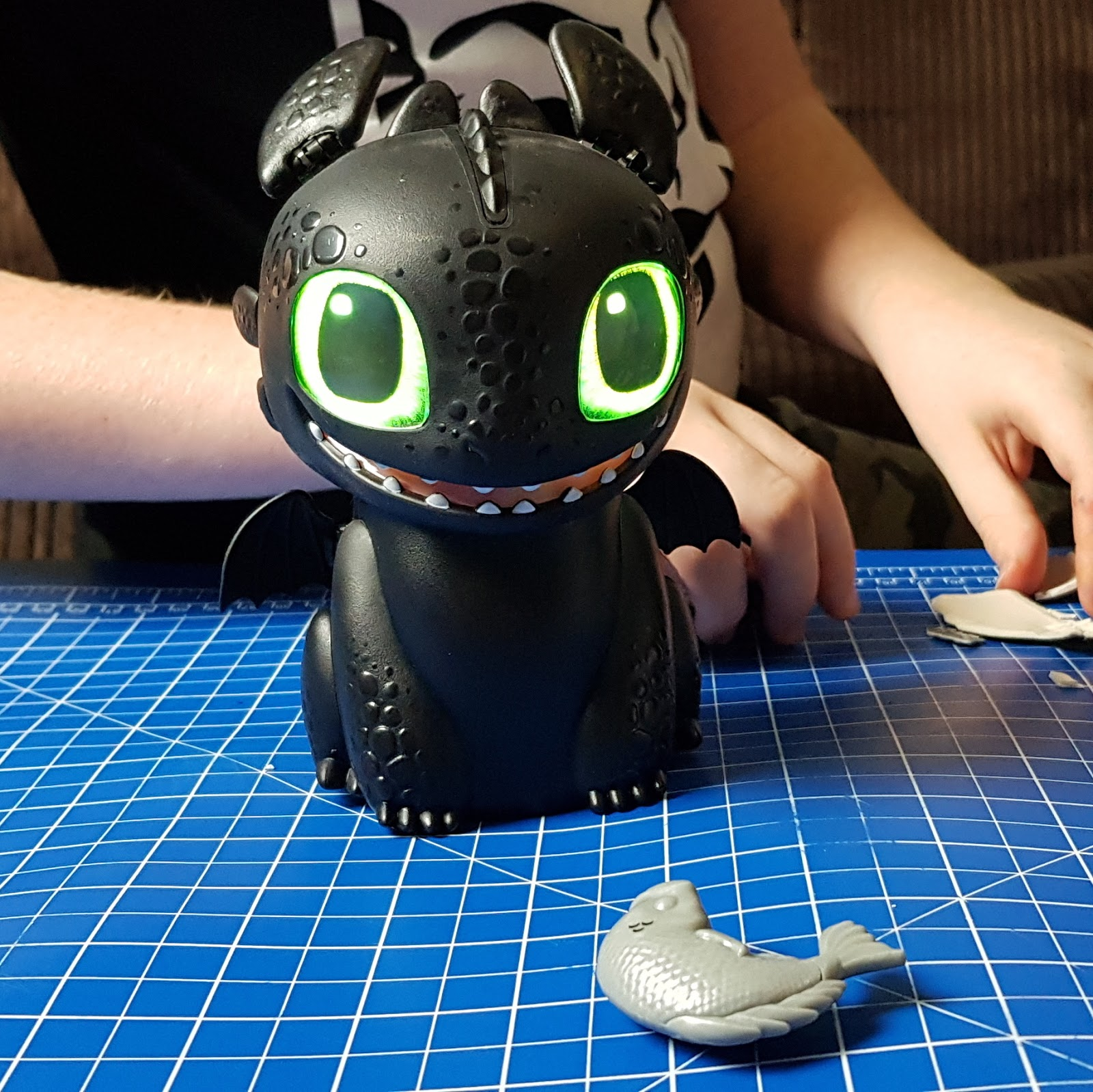 The Brick Castle Hatching Dragons Toothless How To Train Your Dragon Toy Review Age 5 Sent By Spinmaster