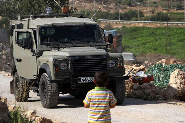 Bocah Palestina 5 Tahun Dikejar Mobil Israel