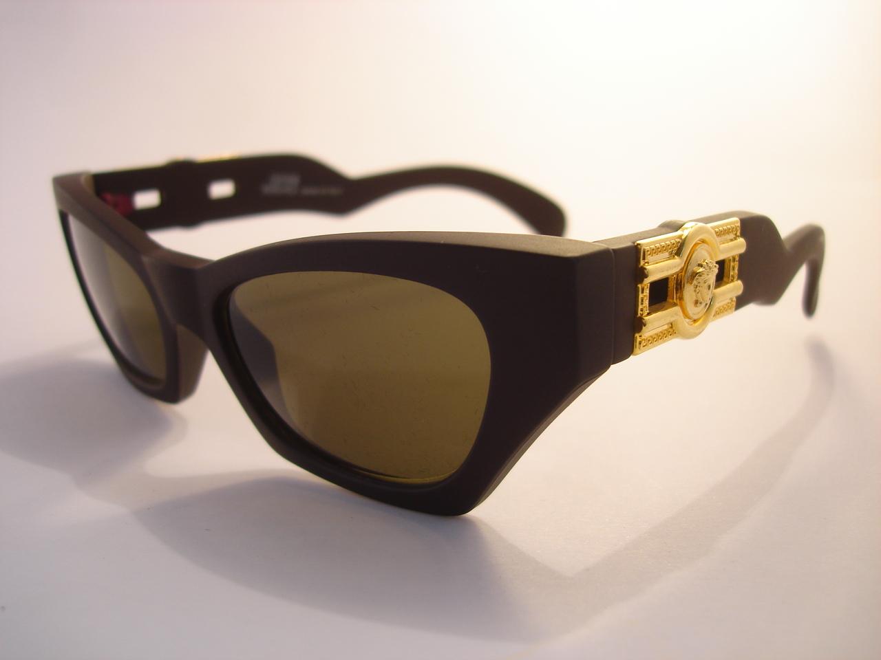 247da722cca9 vintage GIANNI VERSACE 477/B 915 matte medusa sunglasses MADE IN ITALY 90s  black gold greek key