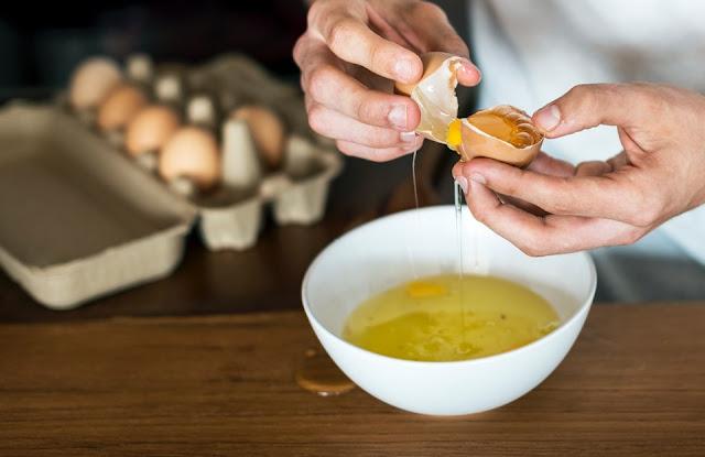 Masker penghilang komedo dari putih telur