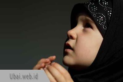 doa mengusap kepala anak yatim