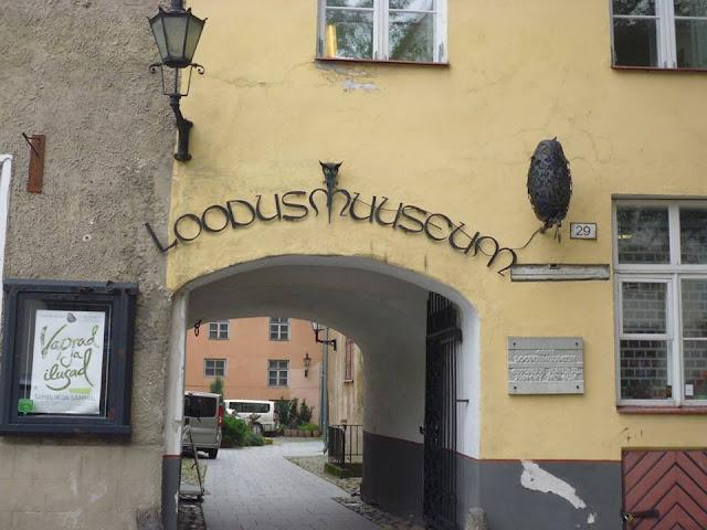 """Casa nº 29: Hueck, la segunda casa que forma parte del conjunto de casas """"Tres Hermanos"""" (Tallinn) (@mibaulviajero)"""