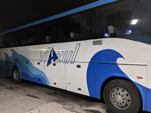 Frugal Fliers Navigating Viazul Across Cuba