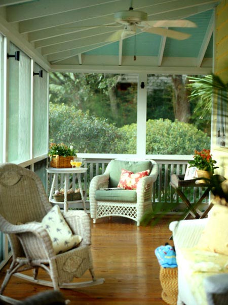Pretty Old Houses: I Miss My Screened Porch