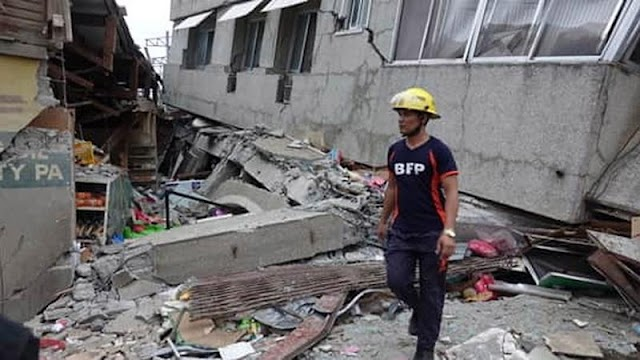 Óriási földrengés volt a Fülöp-szigeteken: nagy a baj, felvételeken a pusztítás