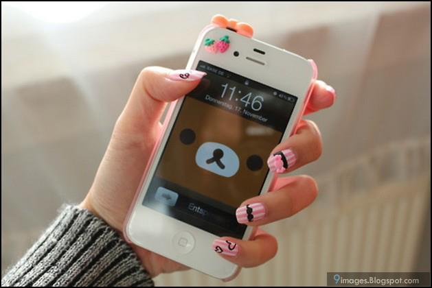 Nail art with iphone ~ FB Display Picture