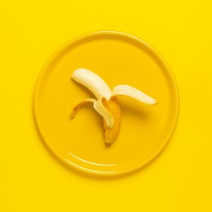 How Many Carbs And Calories in 1 Banana ??