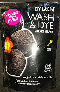 Review-Dylon-Wash-and-Dye-Velvet-Black