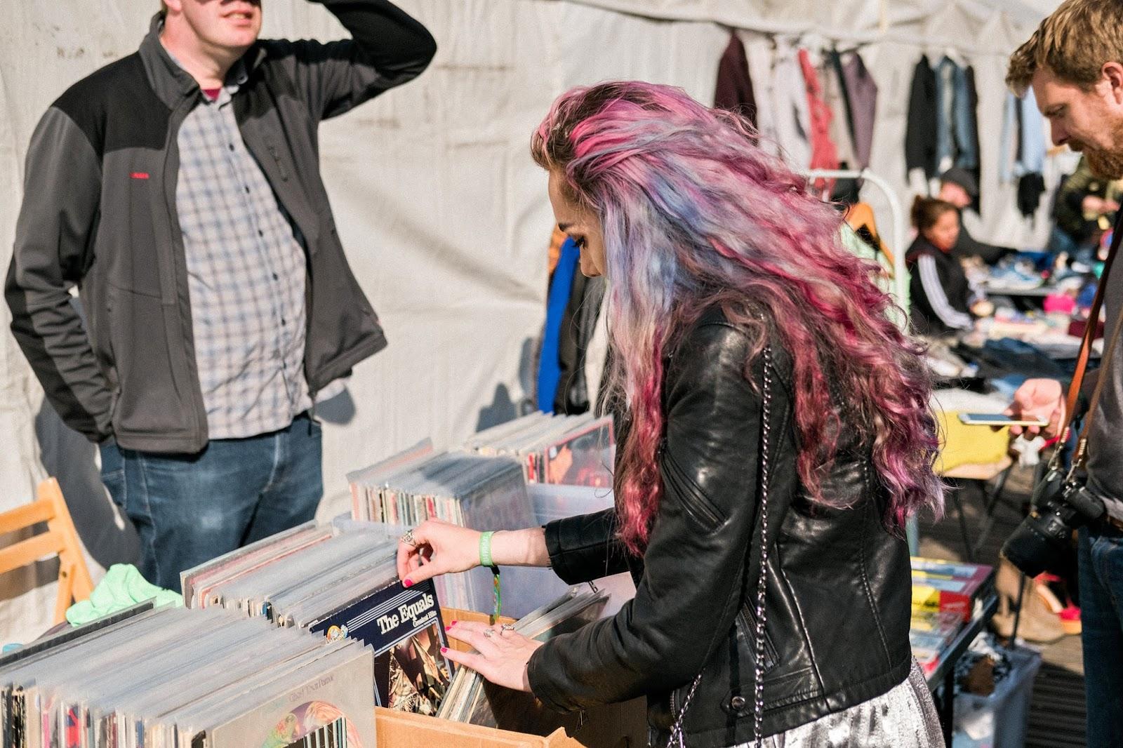stephi lareine vinyl collector fashion blogger travels to germany hamburg