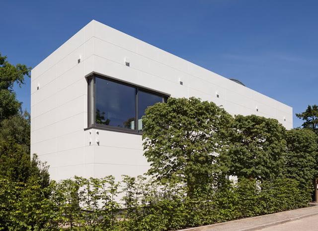 desain dan model rumah minimalis pada tanah rendah dan berkontur