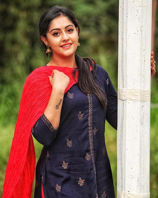 Ronica Singh 4