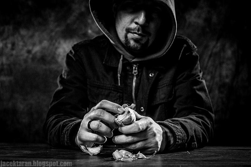 Portret, fotografia czarno-biala, fotograifa portretowa, jacek taran, michal olszewski, portret artystyczny