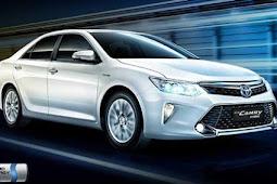 5 Kelebihan Mobil Hybrid Toyota Camry Yang Harus Kamu Ketahui