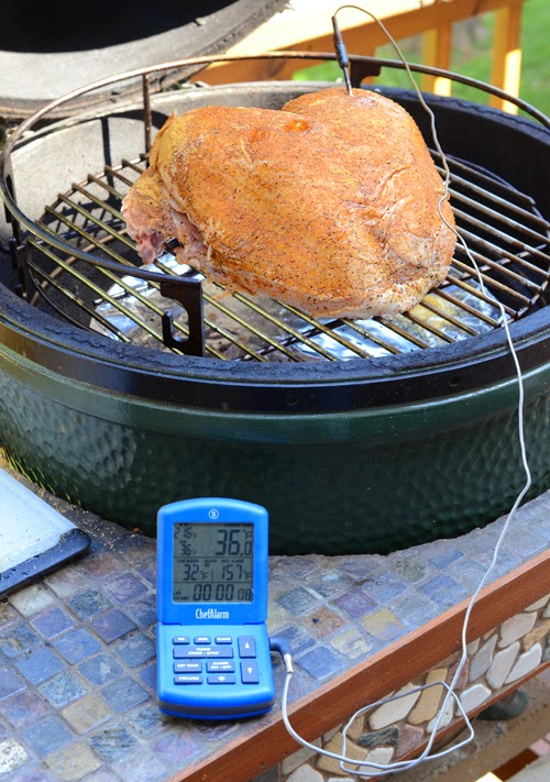 turkey breast on big green egg, kamado turkey breast, vision grill turkey breast