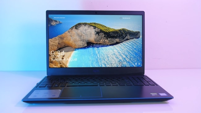 The 15.36-inch 1080p 120Hz display of Dell G3 3500 gaming laptop.