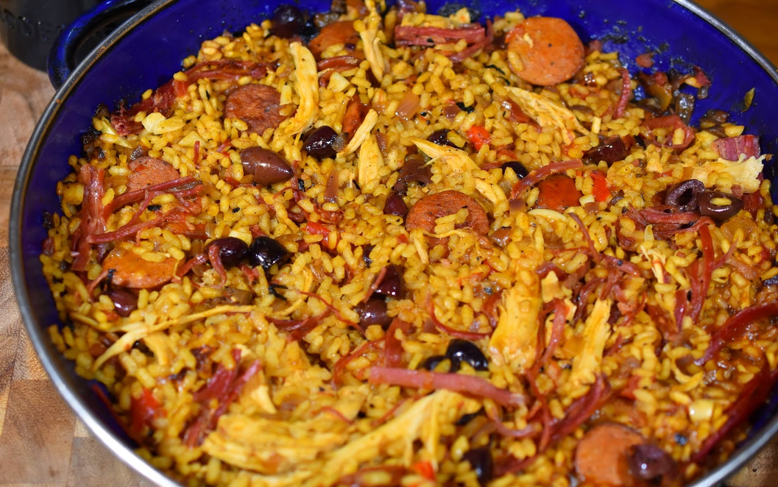 Chuck-it-all-in-there Paella