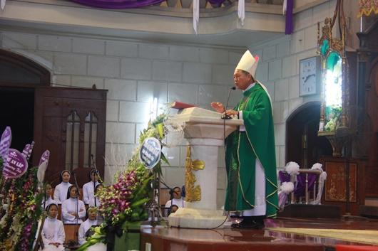 Ngày thứ Ba: Kính viếng và cầu nguyện cho Đức cha Phanxicô Xaviê Nguyễn Văn Sang - Ảnh minh hoạ 54