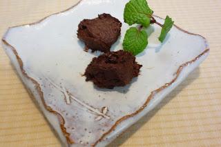 生チョコ チョコレート 糖質制限 ダイエット 砂糖なし 写真 画像 ラカント ラカンカット カシューナッツ カカオパウダー