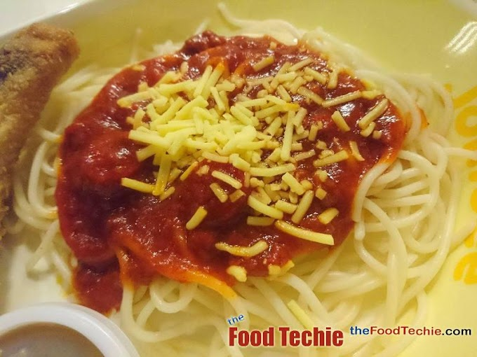 The Oh-So-Witty Filipino Spaghetti