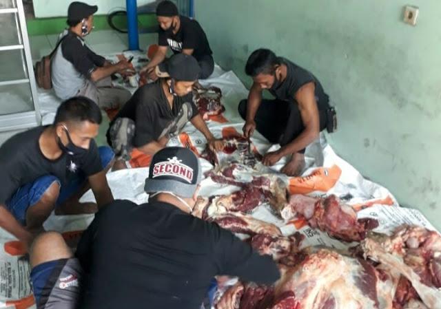 Rayakan Idul Adha, DPD SAPU JAGAD Bagikan Daging Qurban Dan Beras