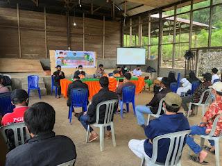 Kapolsek Baraka Polres Enrekang Sosialisasi Surat Edaran Bupati Enrekang Di Desa Kadingeh