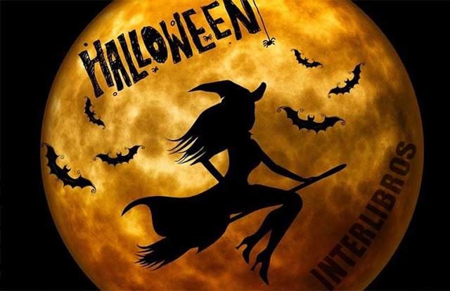 Halloween, bruja volando sobre la luna