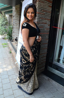 Neetu Chandra in Black Saree at Designer Sandhya Singh Store Launch Mumbai (4).jpg